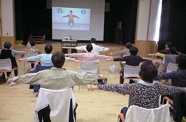 高齢者の6割が健康に不安 自治体「地域体操」ユニークな取り組み(日刊ゲンダイDIGITAL) - Yahoo!ニュース