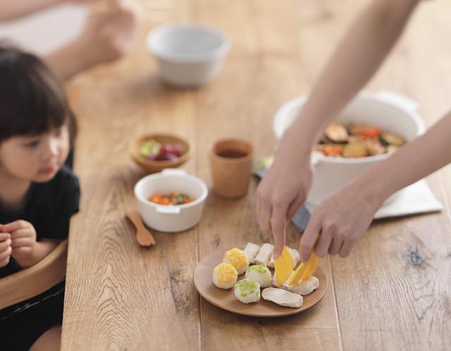 離乳食作りがもっと楽ちんに!保育士さんの9割が切りやすいと実感した「離乳食カッター」 (2019年9月10日) - エキサイトニュース