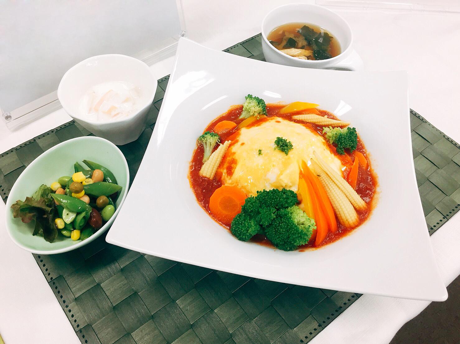 鶴川女子短期大学、2019年10月より野菜を多く使用した栄養満点の「ランチ」を無料提供! (2019年10月7日) - エキサイトニュース