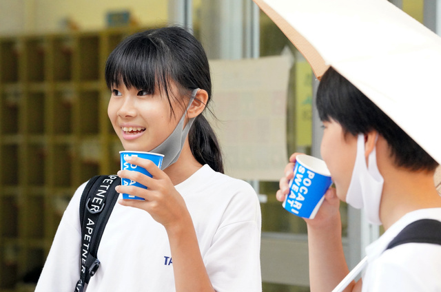 短い夏休み 学校、暑さ対策に苦慮 ドリンクバーも(朝日新聞デジタル) - Yahoo!ニュース