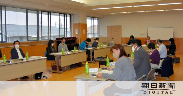 八潮食中毒問題「公設給食センター開設を」審議会方針:朝日新聞デジタル