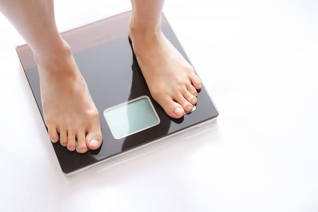 男性の肥満率が上昇、33%に 直近5年で4.4ポイント増加、40〜60代の中高年で顕著 - ライブドアニュース