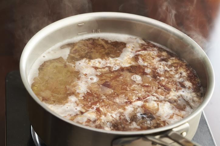 「だしパック」は加熱しすぎてはダメ? 保育園で起きた奇怪な「ヒスタミン食中毒」 (1/3) 〈dot.〉|AERA dot. (アエラドット)