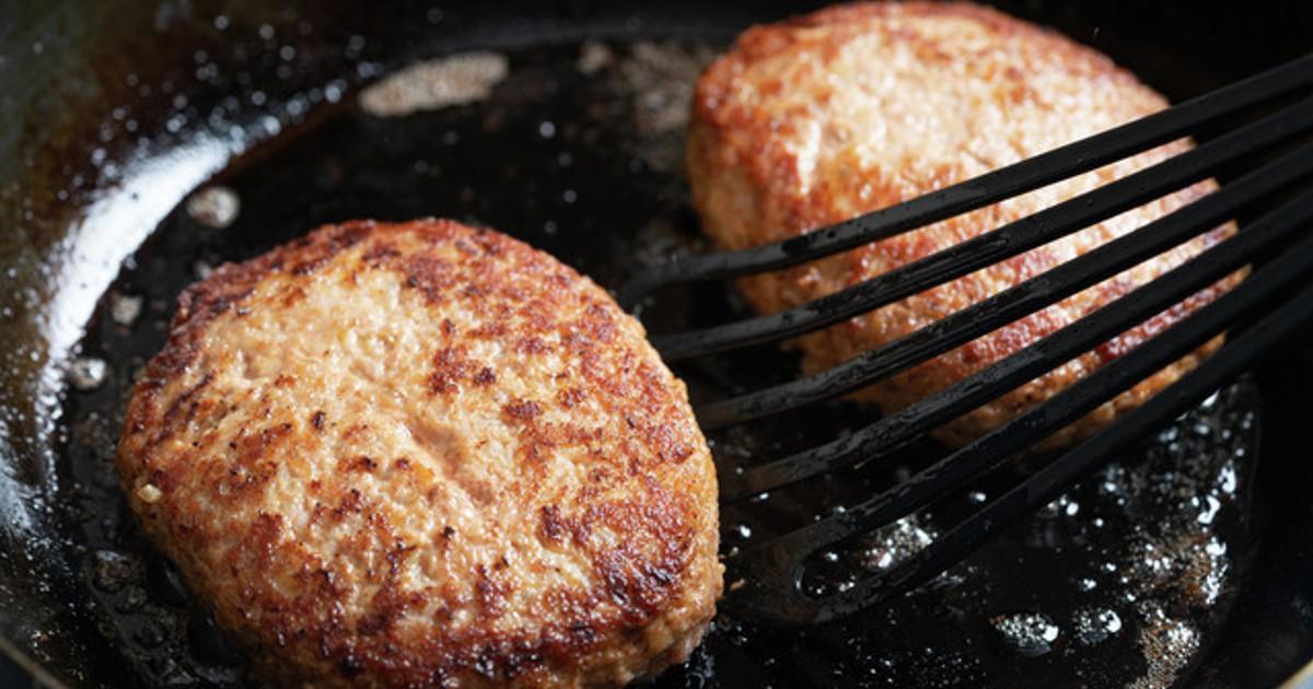 クックパッドニュース:食中毒になる恐れも!お肉の「生焼け」、どうしたら防げる?   毎日新聞