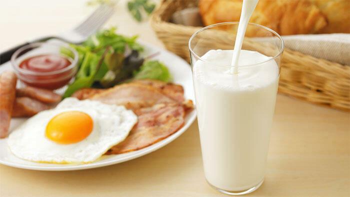 牛乳摂取量が多い女子中学生は栄養素摂取量が適切な生徒が多い 国立健康・栄養研究所