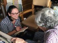 深く幅広い知識が求められる訪問栄養食事指導の仕事① - 村上奈央子さん
