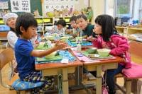 千葉)地産野菜→学校給食→食べ残しは肥料 木更津:朝日新聞デジタル