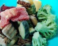 「冷凍野菜は解凍すると栄養が流れ出す」は間違い 生鮮野菜と栄養価はほぼ変わらず - (1/1)|ニフティニュース