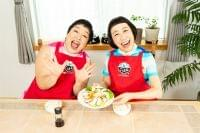 万城食品のレシピアプリ『mots(モッツ)ごはん』YouTubeチャンネル1億回再生突破 子どもに大人気のミュージック・ユニット「ケロポンズ」とのコラボレーションを実施、親子で楽しめるレシピを本日公開:時事ドットコム