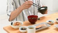 バランスの良い食事は高齢者の心身の衰えを予防するのか - 最新ライフスタイルニュース一覧 - 楽天WOMAN