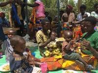 世界の乳幼児は何を食べている? 知ってビックリ途上国の離乳食&幼児ごはん事情 | GetNavi web ゲットナビ