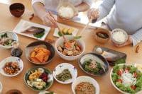 暮らしにゆとりがあると朝食欠食率が減る 農水省「若い世代の食事習慣に関する調査」