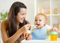 瓶詰ベビーフードで賢く離乳食づくり。用途にあわせた使い方とレシピを紹介 | マイナビウーマン子育て