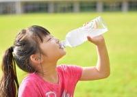 意外な盲点? 清涼飲料飲み過ぎで糖尿病、「ペットボトル症候群」とは 無糖ならOK?(オトナンサー) - Yahoo!ニュース