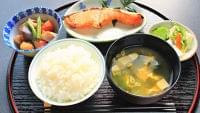 「健康寿命」を延ばす秘訣は「和食」にあり?|ニフティニュース
