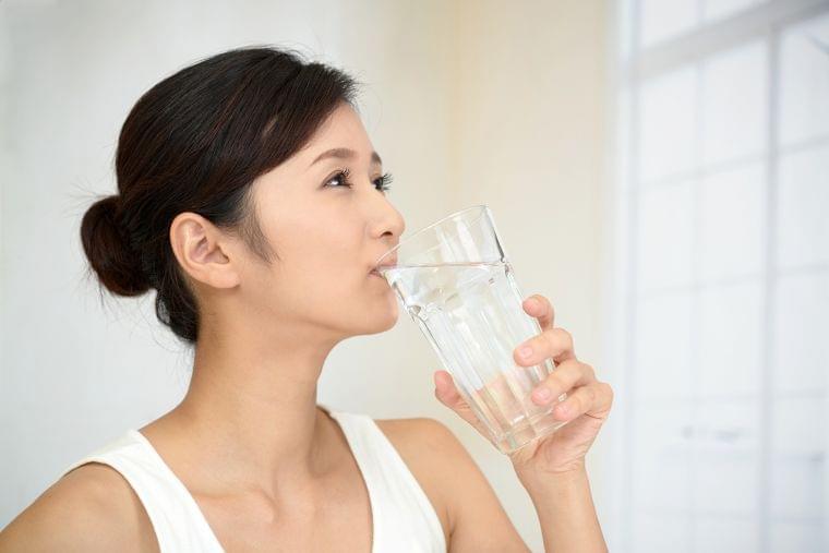 水を飲んでも太る?中医学のメカニズム