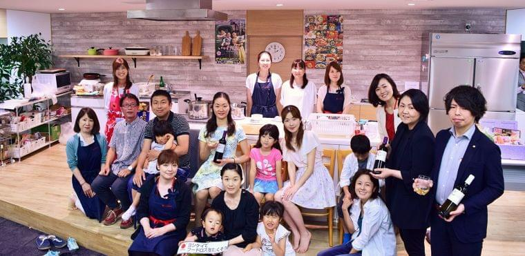 家族でつくる愉しみを。 ヨシケイ父の日『親子deキンパ』を開催しました