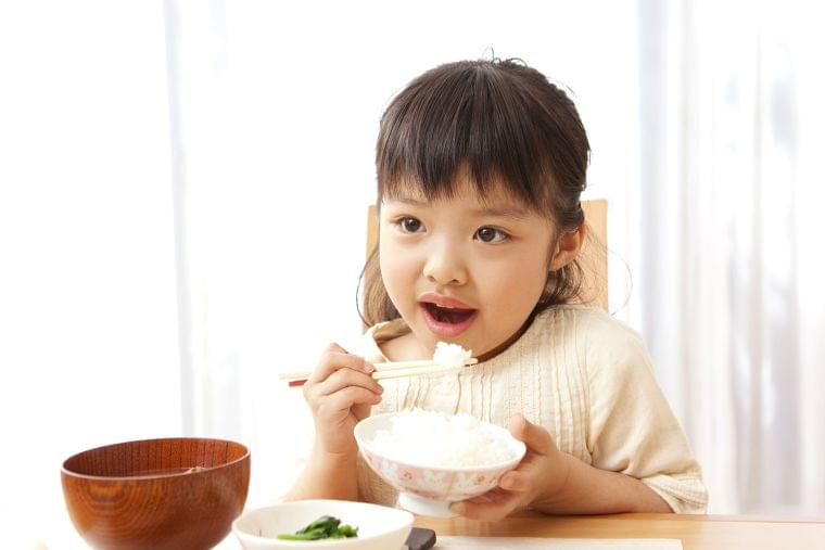 子供の行動、食事内容を把握していますか?好き嫌いをなくすための三大対策