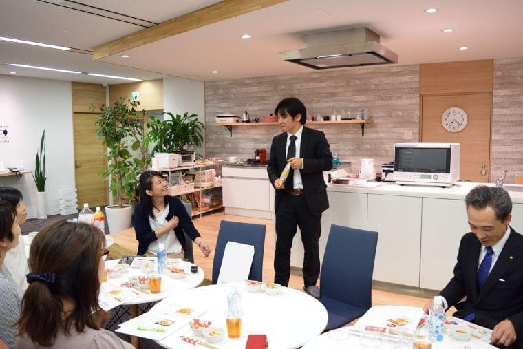 給食などの現場でのこうや豆腐の使用に関する座談会 開催