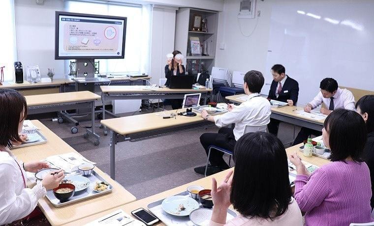 健康優良企業「金の認定」を取得している橋本総業株式会社にてEatreat健康プログラム「働き世代のための栄養バランス術」開催