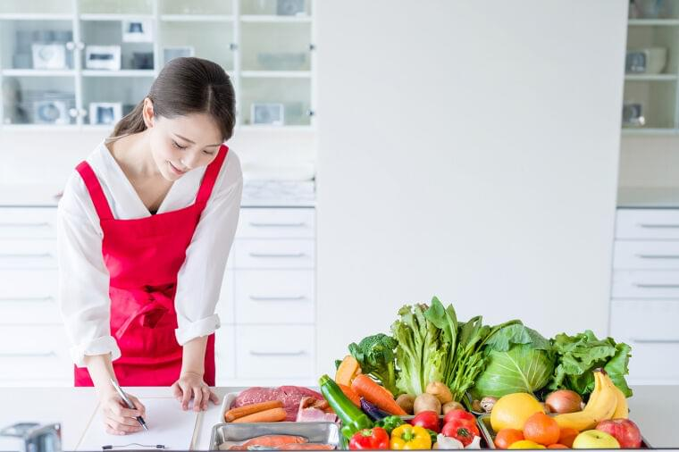 🎀土日祝休み🎀献立作成、栄養相談、セミナーのお仕事!高齢者専門宅配弁当店を全国展開する企業での募集です✨