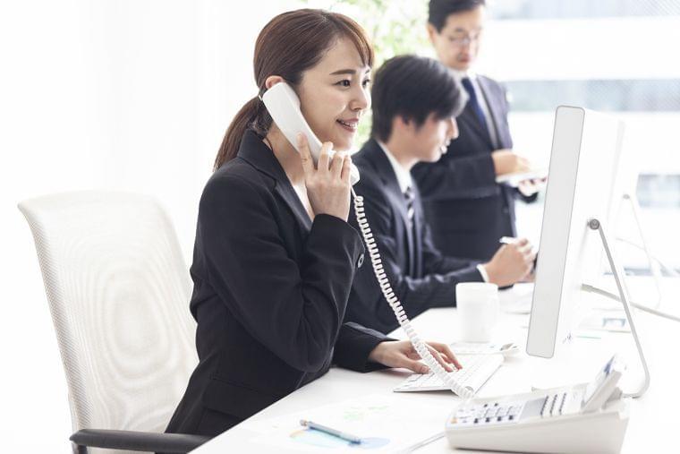 【代々木】栄養士・本社管理スタッフ募集【学校巡回エリア】