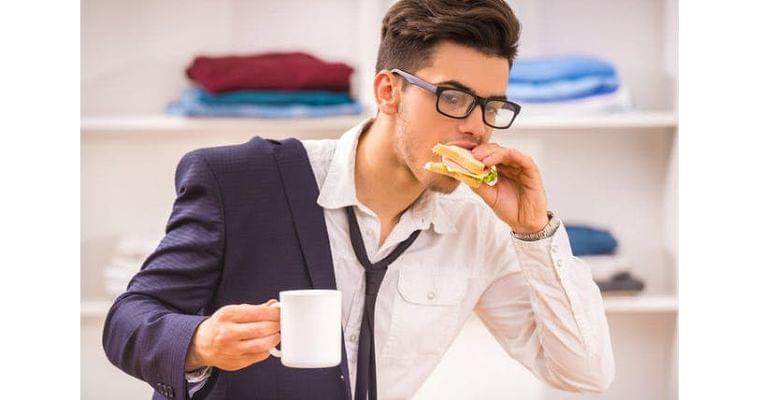 「早食いは太る」は本当 太らない食べ方のコツは?|ヘルスUP|NIKKEI STYLE