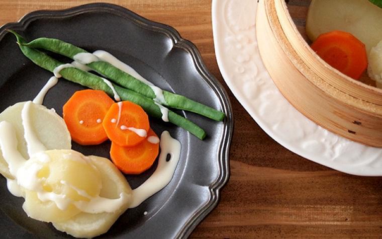 栄養と旨みがギュッ! 「ホットサラダ」をおいしく仕上げるコツ - 【E・レシピ】料理のプロが作る簡単レシピ[1/2ページ]