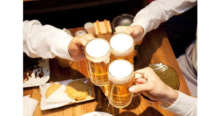 大腸がんのリスク、酒が確実に高める では許容量は?|ヘルスUP|NIKKEI STYLE