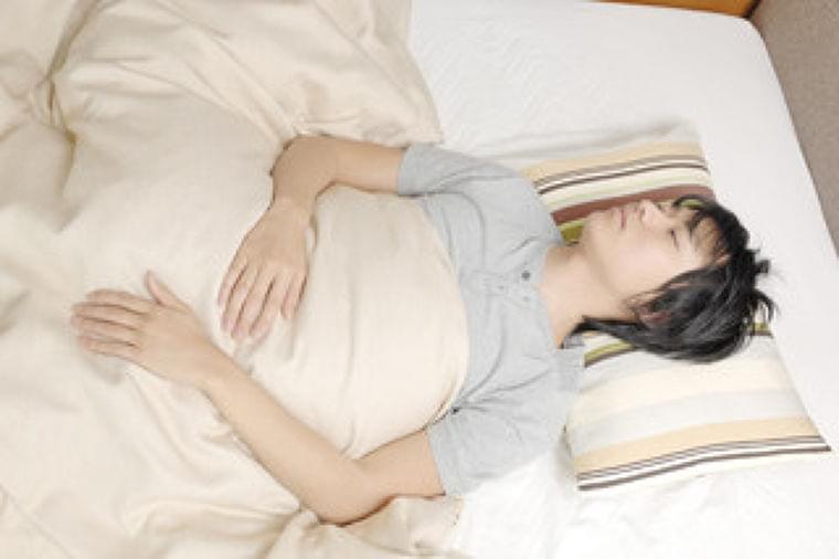 「ベストな睡眠時間」や睡眠量の多寡が体に及ぼす影響を医師に聞く | マイナビニュース