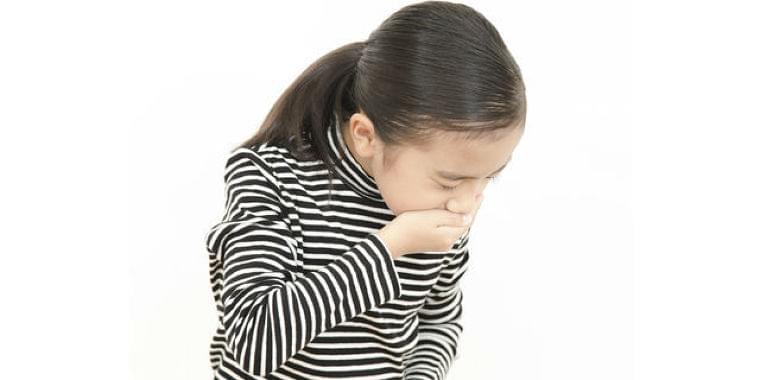子どもの急な嘔吐は要注意!自家中毒の特徴的な4つの症状とは? Doctors Me(ドクターズミー)