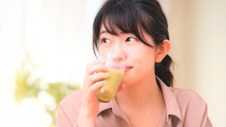 野菜1日350g、これすべて野菜ジュースやスムージーで補える? | Mocosuku(もこすく)