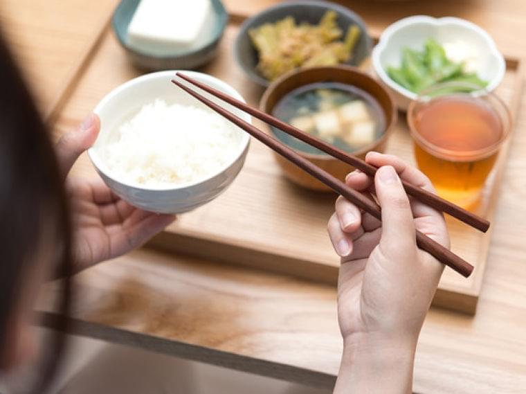 ダイエットのニュース - 炭水化物を先に食べる「逆食べ順ダイエット」!? - 最新ボディケアニュース一覧 - 楽天WOMAN