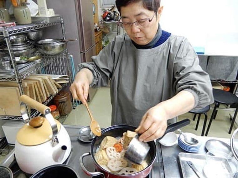 アレルギー対応のお節料理を 普及へ工夫、研究 - 大阪日日新聞