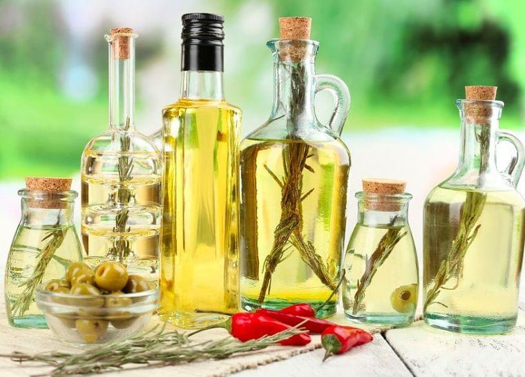 女性ホルモンのニュース - 油で老けが加速!?栄養士が教える「良い油」「悪い油」 - 最新ボディケアニュース一覧 - 楽天WOMAN
