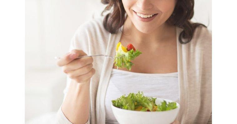 冬太り? ダイエットよりも必要な「自分へのマナー」 WOMAN SMART NIKKEI STYLE