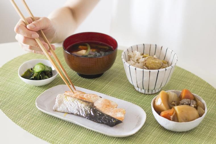 自分自身の健康のためにも知っておきたい、高齢者に不足しがちな栄養素   日本老友新聞 [ro-yu.com]