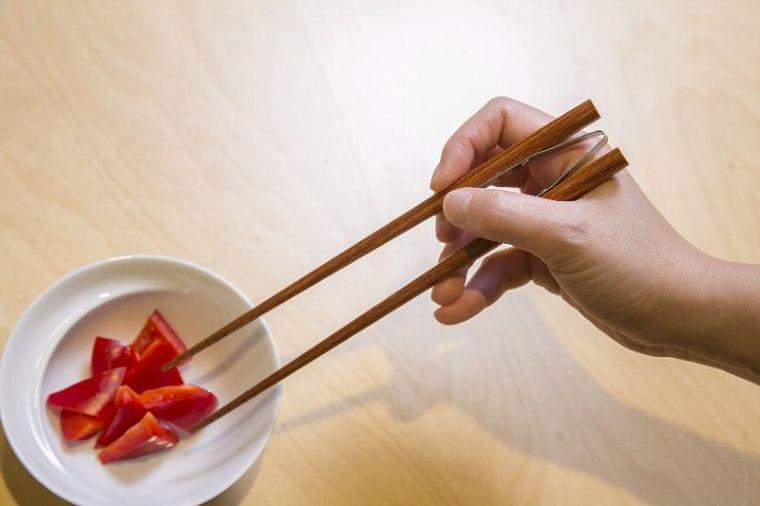 飲み込みの悩みなど介護中の食生活をサポート!オススメのアイテム3選 (1/1)| 介護ポストセブン