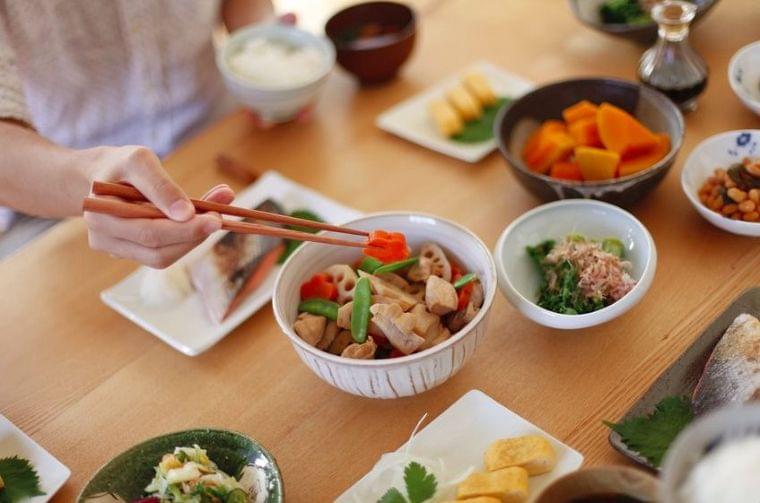 """生活習慣のニュース - 減塩のコツは""""お皿を増やす""""?管理栄養士おすすめの食事法 - 最新ボディケアニュース一覧 - 楽天WOMAN"""
