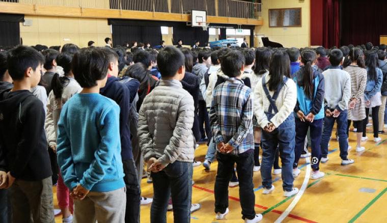 子どもの健康をデータに 厚労省、生活習慣病など防止  :日本経済新聞