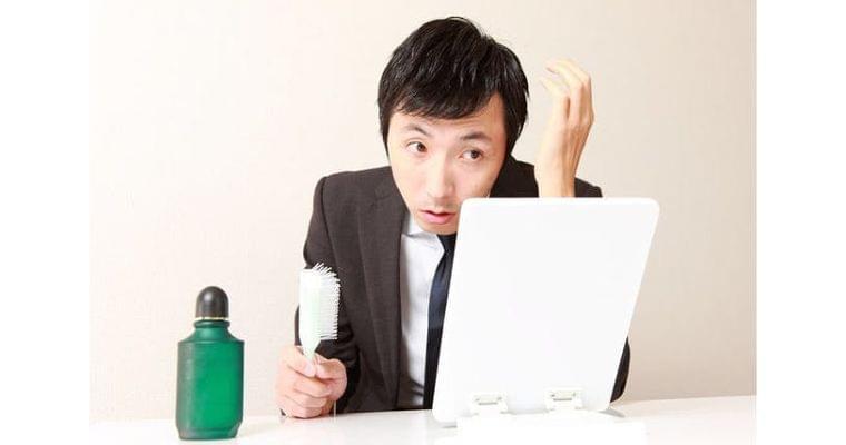 ネットに広まる「お酒は薄毛の原因」 ホントか?|健康・医療|NIKKEI STYLE