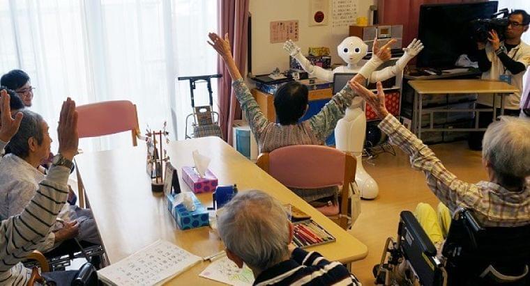 2018年度同時改定、「介護ロボット」はどう評価されたのか:介護:日経デジタルヘルス