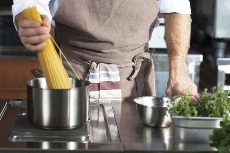 間違った自炊メニューが生活習慣病の原因に? |食の安全|JBpress