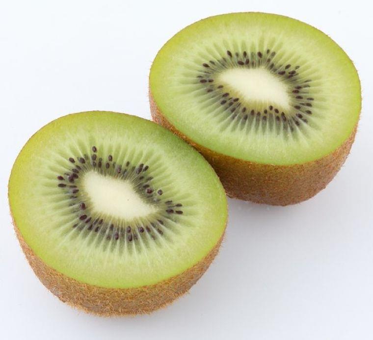 賢いおやつ、食べるならどっち?間食は不足しがちな栄養を補う役目も (1/1)| 介護ポストセブン