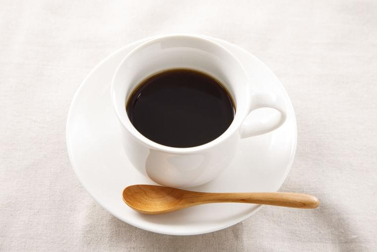 生活習慣のニュース - コーヒーを1日4~5杯飲む人 飲まぬ人に比べ死亡率12%減 - 最新ライフスタイルニュース一覧 - 楽天WOMAN