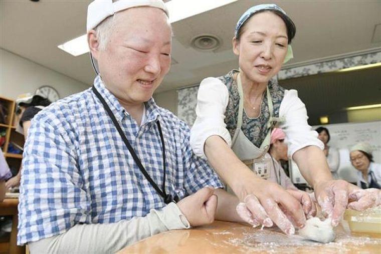 広がる障害者向け料理教室 道具やレシピ工夫、リハビリ効果期待 - 産経ニュース
