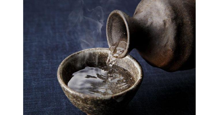 老化の元凶「糖化」、適量の日本酒やワインが抑える?|ヘルスUP|NIKKEI STYLE