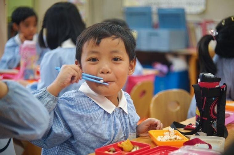「日本の給食」そっくりに 息子の弁当箱に詰めたムスリムママの思い - withnews(ウィズニュース)
