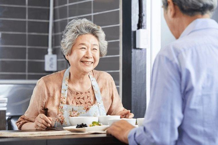 高齢者の多くが低栄養!? 「シニア食事日記調査」で見えた課題と対策 | 認知症ねっと