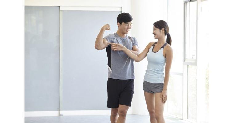 「筋活」で健康寿命のばす 運動と栄養の合わせ技カギ|ヘルスUP|NIKKEI STYLE